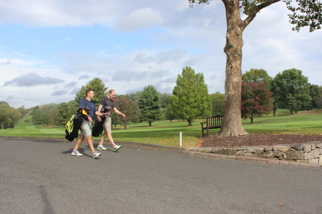 golfers at ridgewood country club