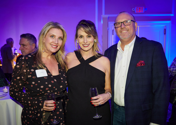 Regional Hospice Reveal for Building Under the Stars Attendees with CEO Cynthia Roy